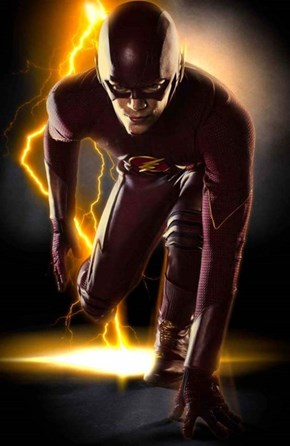First Look At The Full Flash Costume