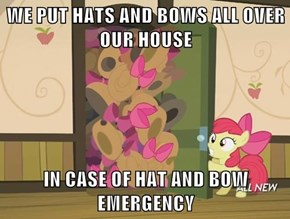 Pinkie is Starting to Rub Out on Applejack