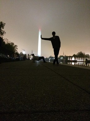 How to Execute a Photobomb in D.C.