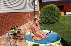 Sometimes the Kiddie Pool is Even More Fun For Dad