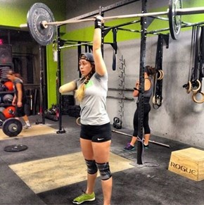 Fitness Warrior Krystal Cantu Lost Her Arm in an Accident, and Within a Month Was Already Back at Crossfit
