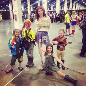 Jewel Staite Found The Cast of Firefly Jr.