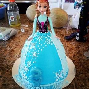 Anna Stole Elsa's Cake Dress