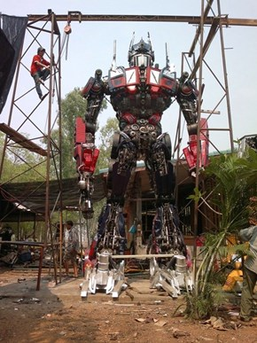 Someone is Turning Old Junk Into a Beautiful Optimus Prime