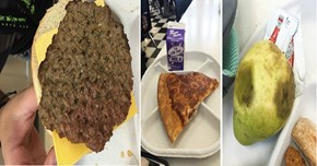 Protest of the Day: Students in Chicago are Boycotting Their Terrible School Lunches