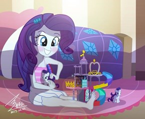 Rarity Plays With Herself