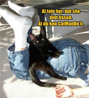 Ai'z A Black Belted Black Kitteh