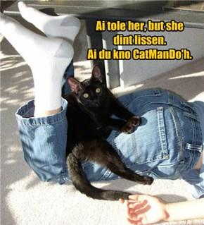 Ai'z A Black Belted Black Kitteh