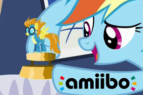 Rainbow Dash's Wonderbolt Collectibles
