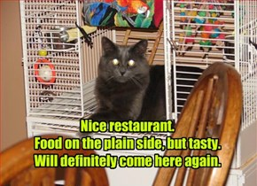 Urban Kitteh Rates Your Restaurant 3.5 Goldfishes