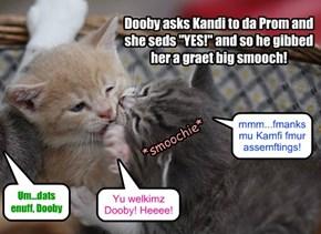 Under da ebber watchful eye ob Sahara, Dooby asks Kandi to da Prom!