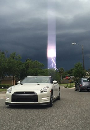 Perfectly Timed Photographic Evidence of Thor's Arrival