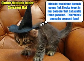 KKPS Prom 2015: Sweet Skolar Natasha will wear teh enchanted Sorcerer's Hat dat her auntie Madame Esmeralda gabe her to help her wiff her magic spells..