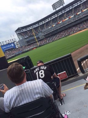 White Sox Fans Are Mad Classy