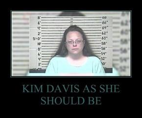 KIM DAVIS AS SHE SHOULD BE