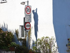 Optical Illusion of the Day: Shadow of a Hanged Man Appears on a British Street Corner Where People Were Once Hanged