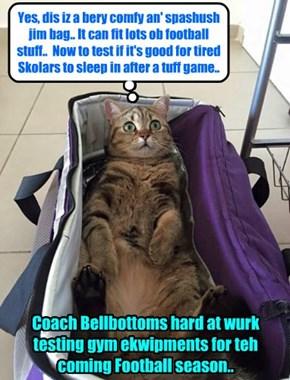 KKPS 2015: Coach Bellbottoms tests a new gym bag to see if he should order dem for teh highly regarded Ankul Biturs Football Team..