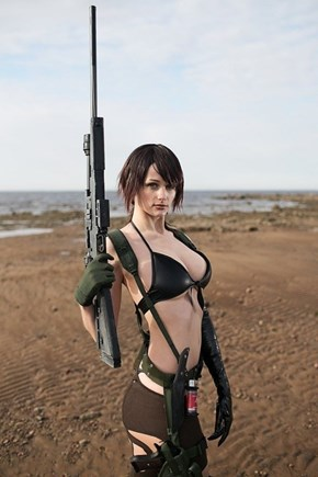 Metal Gear Solid V: Quiet Cosplay