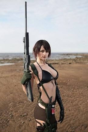 Metal Gear Solid V: Quiet Cosplay