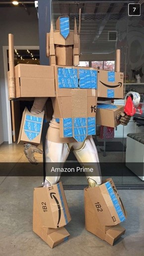 "Hopefully Everyone Shouted ""Amazon bots, roll out!"" at This Awesome Costume"