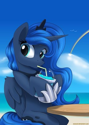 Luna and Her Slushie