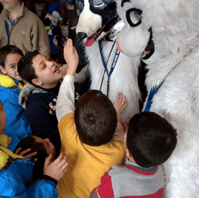 A Furry Convention Became a Welcoming Party When Syrian Refugees Ended up at the Same Hotel