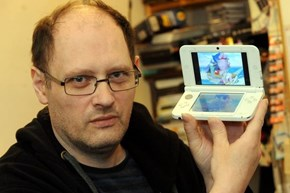 Dad Buys His Daughter Nintendo DS Console, Only to Discover It's Loaded With Explicit Material