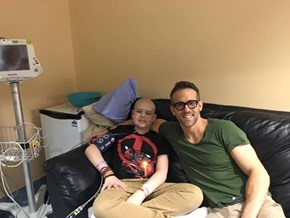 Ryan Reynolds Heartfelt Tribute to 13-Year-Old Cancer Victim and Dear Friend, Shows the Makings of a True Superhero