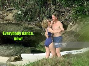 Everybody dance, now!