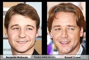Benjamin McKenzie Totally Looks Like Russell Crowe