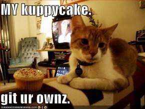 MY kuppycake.   git ur ownz.