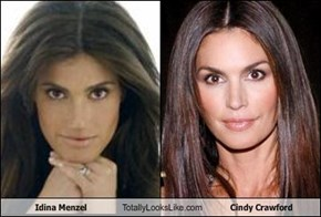 Idina Menzel Totally Looks Like Cindy Crawford