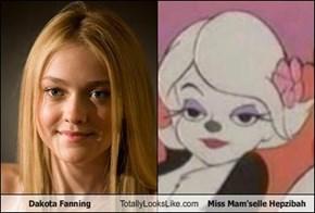 Dakota Fanning Totally Looks Like Miss Mam'selle Hepzibah