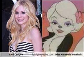 Avril Lavigne Totally Looks Like Miss Mam'selle Hepzibah
