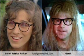 Sarah Jessica Parker Totally Looks Like Garth