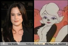 Liza Snyder Totally Looks Like Miss Mam'selle Hepzibah