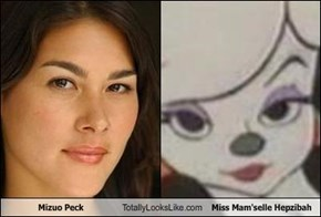 Mizuo Peck Totally Looks Like Miss Mam'selle Hepzibah