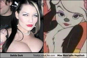 Dahila Dark Totally Looks Like Miss Mam'selle Hepzibah