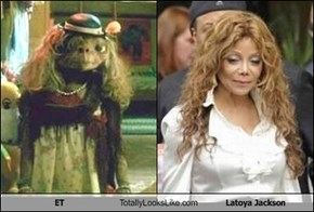 ET Totally Looks Like Latoya Jackson