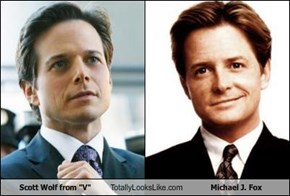 "Scott Wolf from ""V"" Totally Looks Like Michael J. Fox"