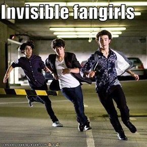Invisible fangirls
