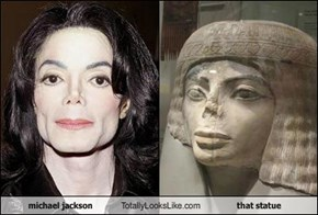 michael jackson Totally Looks Like that statue