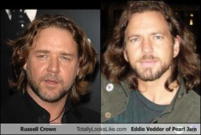 Russell Crowe Totally Looks Like Eddie Vedder of Pearl Jam