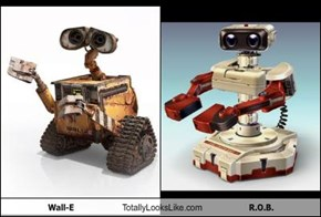Wall-E Totally Looks Like R.O.B.