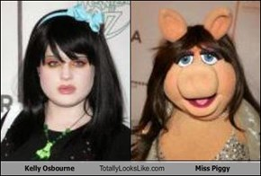 Kelly Osbourne Totally Looks Like Miss Piggy