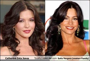 Catherine Zeta Jones Totally Looks Like Sofia Vergara (modern Family)