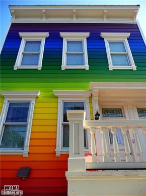 Rainbow House WIN