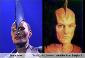 Grace Jones Totally Looks Like an Abbai from Babylon 5