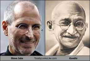 Steve Jobs Totally Looks Like Gandhi
