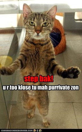 step bak!